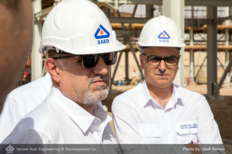 گزارش تصویری: بازدید مدیرعامل گروه شرکت های مهندسی و ساختمان صنایع نفت از میدان مشترک آذر